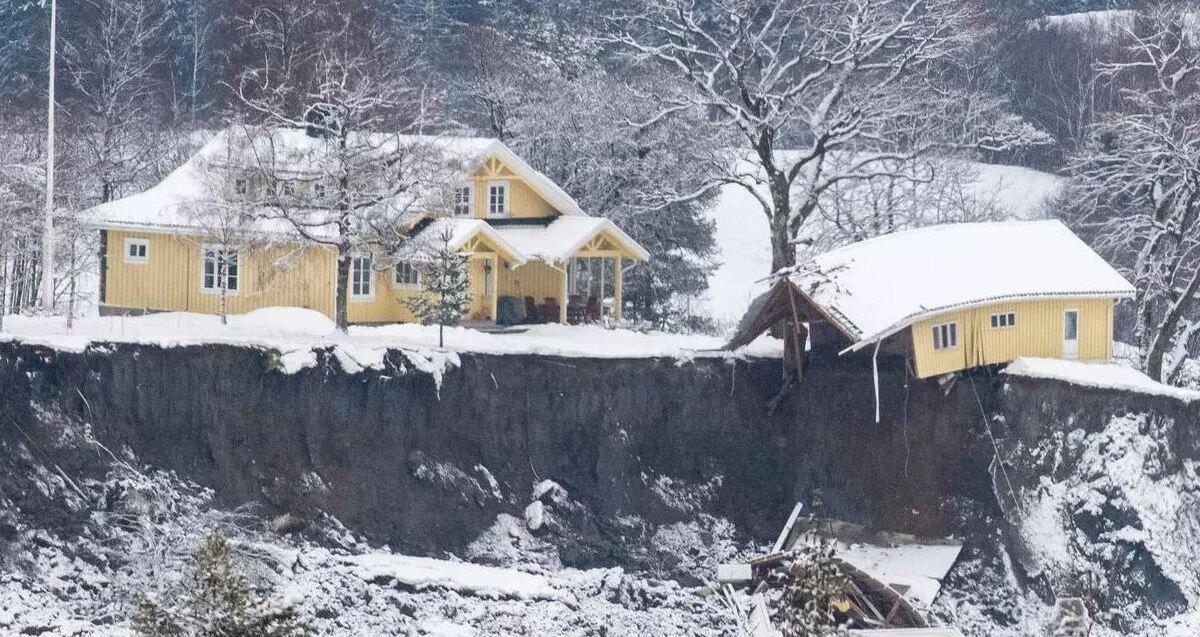 El trágico deslizamiento de tierra en Noruega se ha tomado la vida de cinco personas y hay 10 desaparecidos.