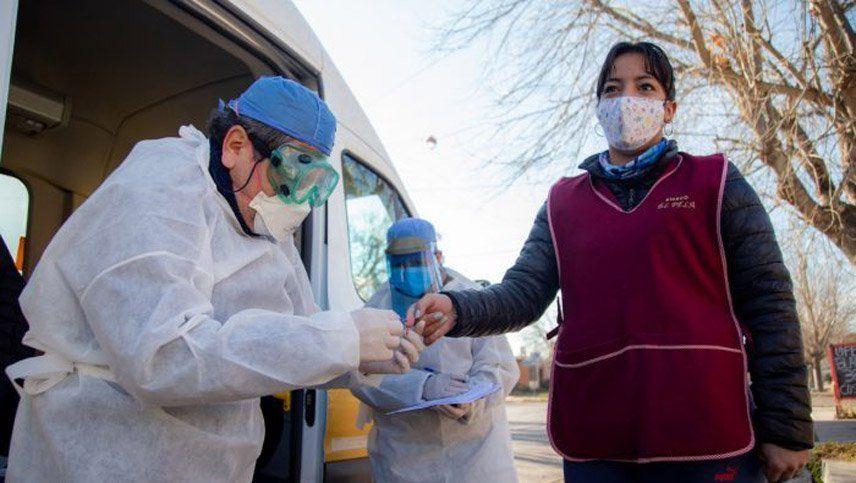 Coronavirus en Argentina: confirmaron 63 nuevos muertos y la cifra total se acerca a los 6.000