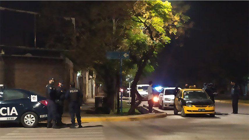 Balearon a taxista en una pierna en Guaymallén durante un asalto