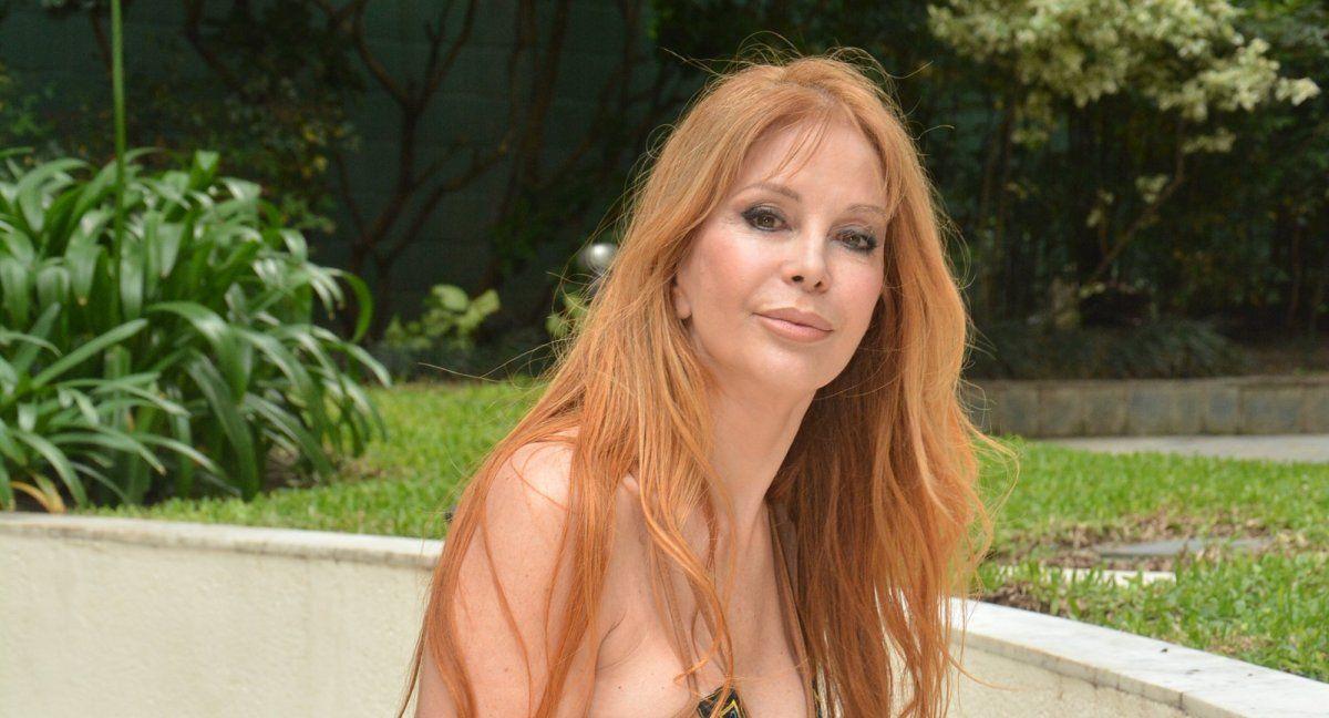 ¡Impresionante! La foto de Graciela Alfano en micro bikini a los 68 años