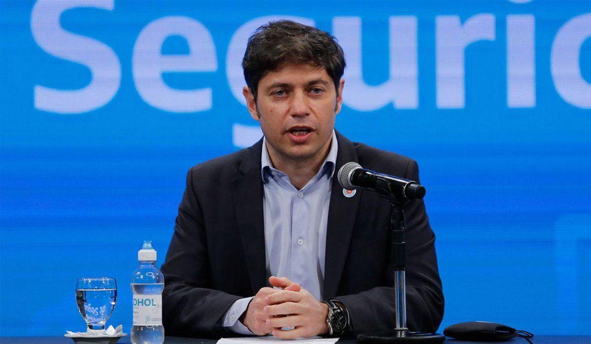 El Gobierno de la provincia de Buenos Aires que comanda Kicillof oficializó una restricción de actividades de 2 a 6 de la madrugada y el límite de hasta 10 personas para reuniones.