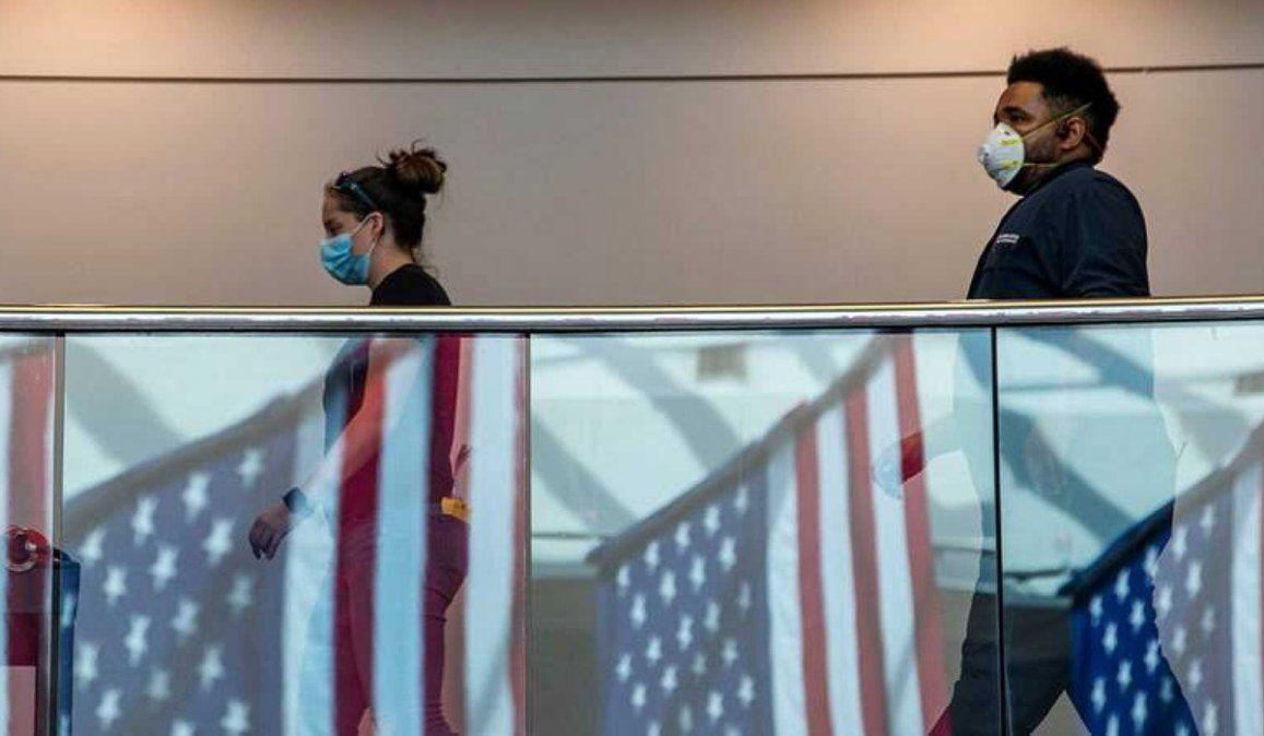Estados Unidos volvió a mostrar un nuevo récord de casos de coronavirus y la cantidad de hospitalizaciones