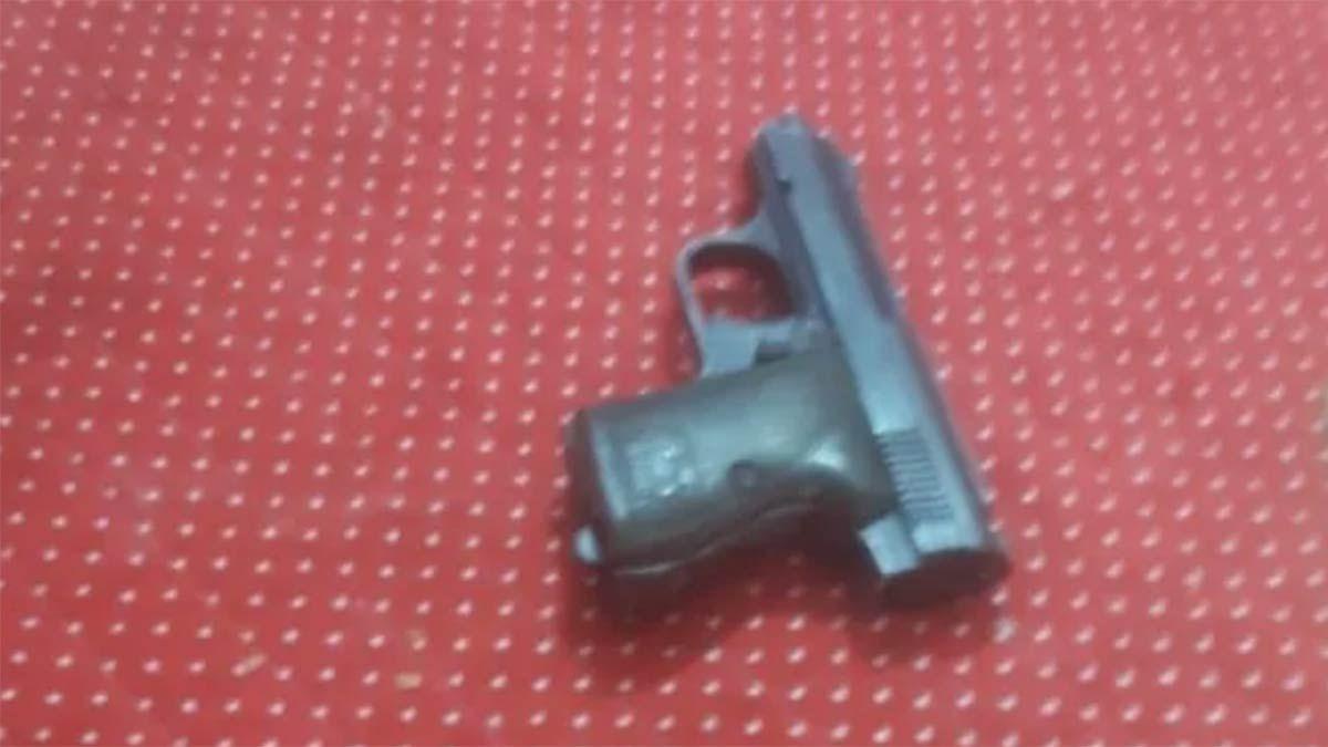 El arma con la que el hijo de un gendarme mató a un ladrón.