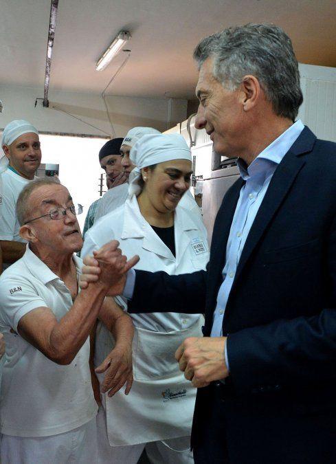 Macri visitó una fábrica mendocina que emplea a discapacitados