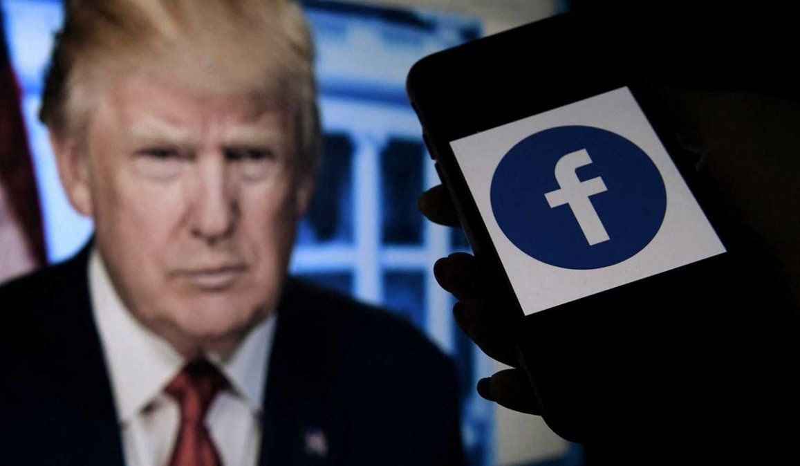 Ante la decisión de mantener suspendida la cuenta de Donald Trump en Facebook y Twitter