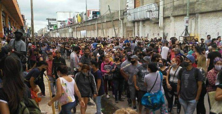Video: alarma por desborde de gente en La Salada