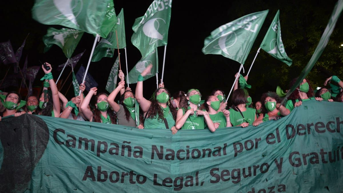 Ya rige la ley del aborto legal