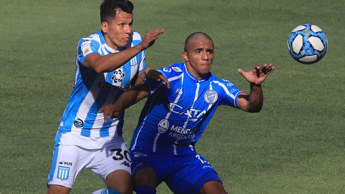 Godoy Cruz y Racing se medirán el miércoles 22 de septiembre en Córdoba por la Copa Argentina.