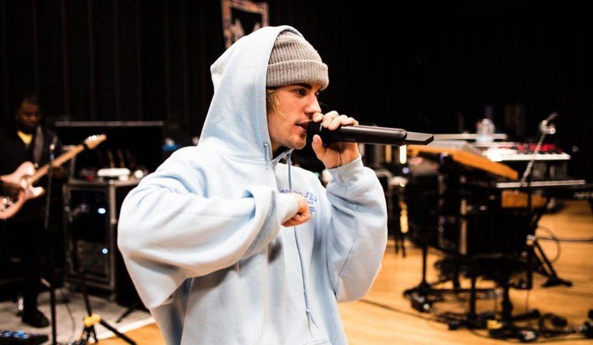 Justin Bieber lanzó Freedom con seis temas inéditos