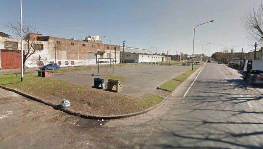 Motoqueros asesinaron a un joven de 19 años a balazos e hirieron a otro