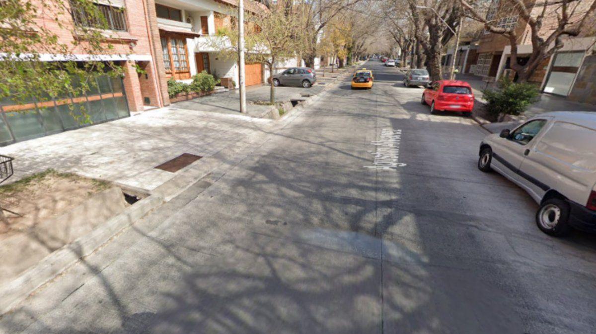 El domicilio de un anciano en calle Agustín Álvarez al 500