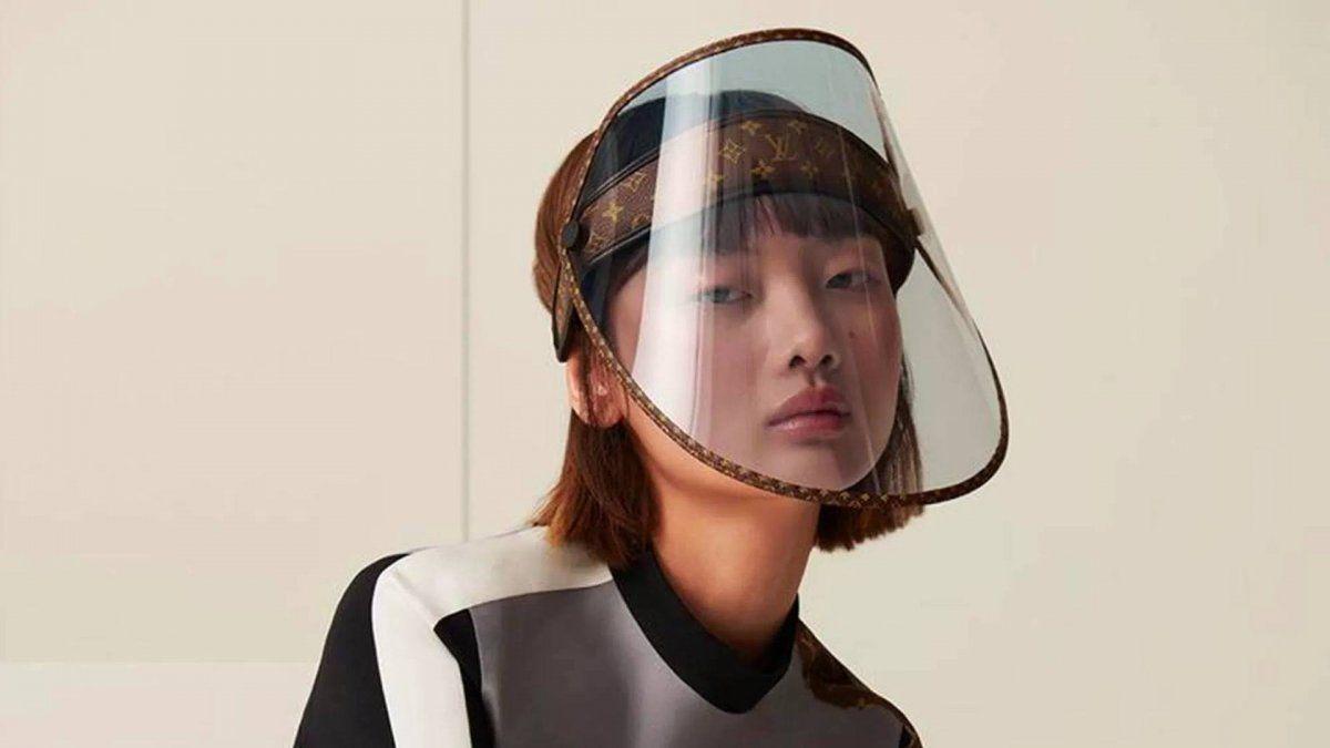 Louis Vuitton diseño estas máscaras protectoras que cuestan casi 1000 dólares.
