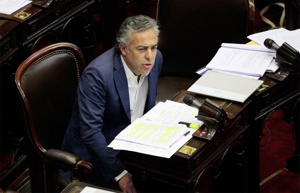 Alfredo Cornejo le apuntó a los empresarios de Argentina afirmando que hay mucha cobardía porque dicen en privado lo que deberían decir público. Foto: NA.