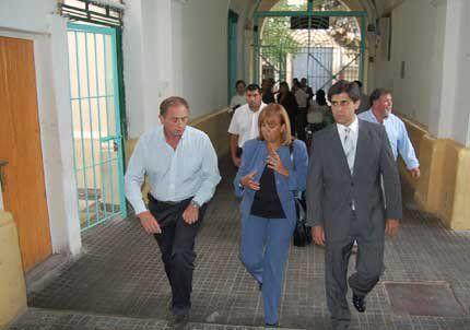 Legisladores visitaron la cárcel de Boulogne Sur Mer