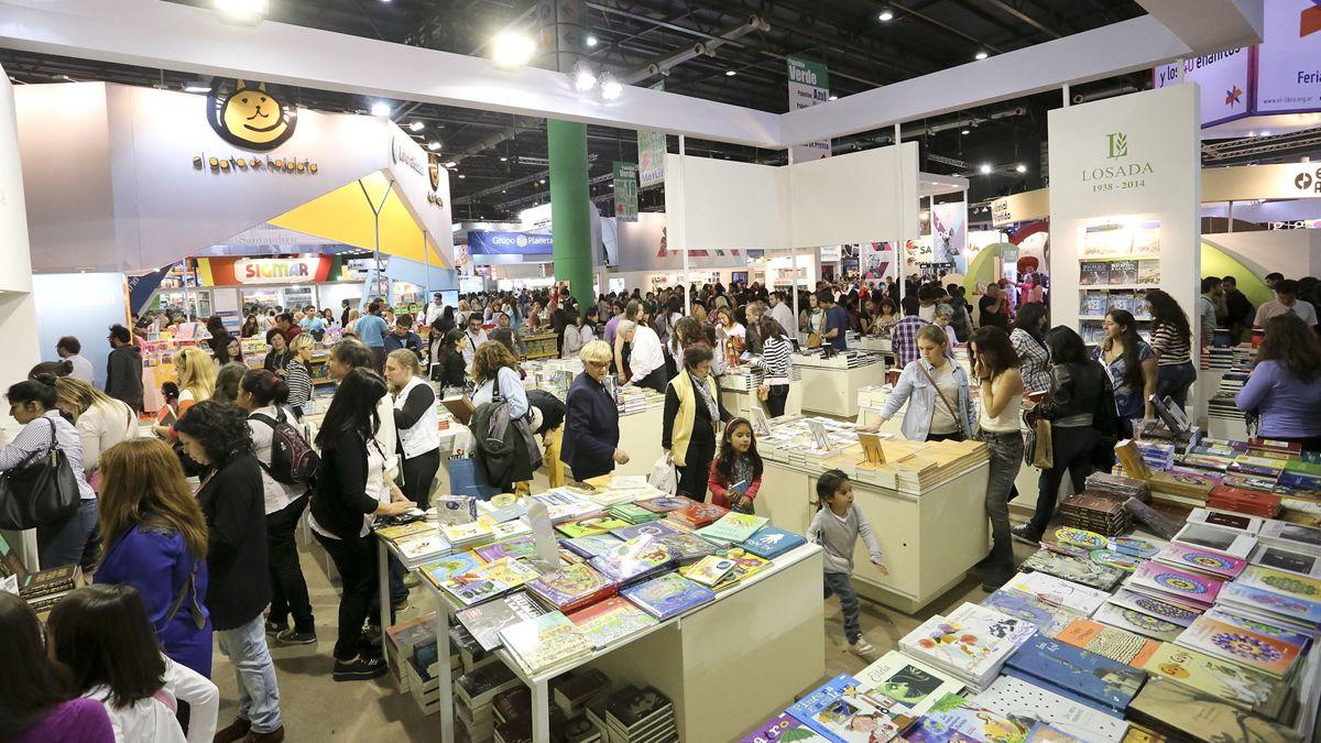 La Feria del Libro suele realizarse en el Espacio Le Parc