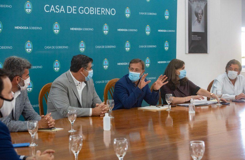 Circulación nocturna: cuándo rige la restricción en Mendoza