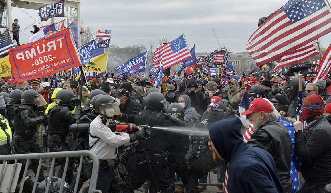 El presidente electo de Estados Unidos Joe Biden dijo que lo que estamos viendo son un pequeño número de extremistas dedicados a la anarquía