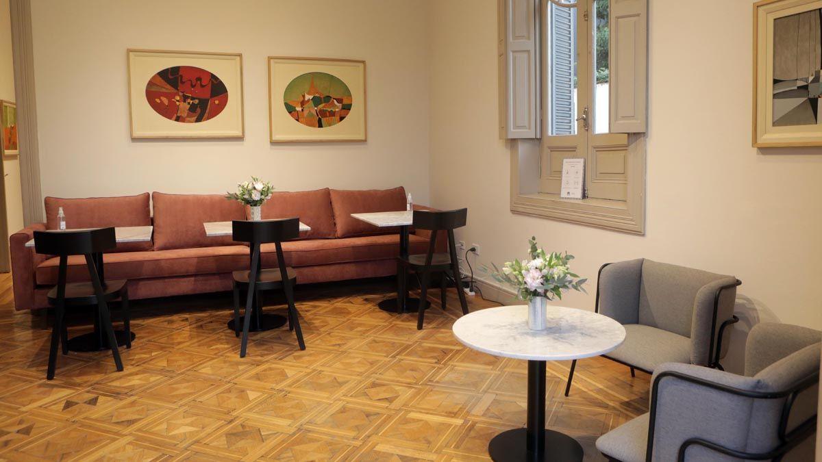 Inauguró el café del Museo Carlos Alonso
