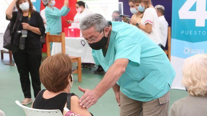 Vacunación. Los mayores de 70 que perdieron el turno no deben inscribirse de nuevo.