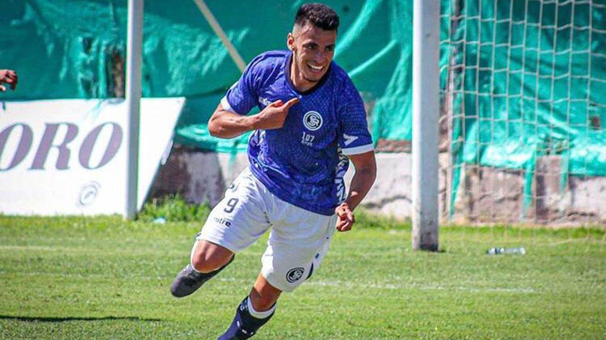 Soria es un delantero muy rápido y goleador. Es la apuesta que tienen en la Lepra.