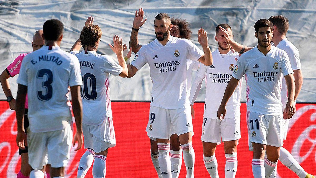 Real Madrid goleó al Huesca y sigue siendo el líder