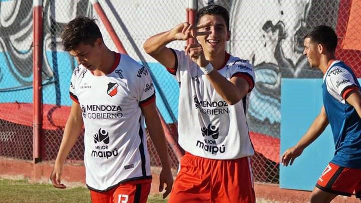 El volante Agustín Manzur será titular ante el Bohemio.