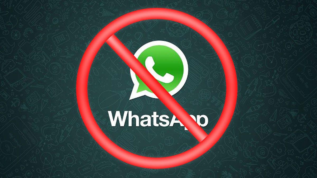 WhatsApp puede bloquear tu cuenta por varios motivos.