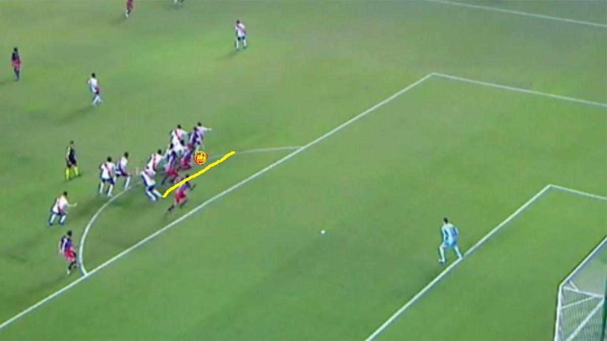 A Depro le anularon un gol ante River: ¿fue offside?