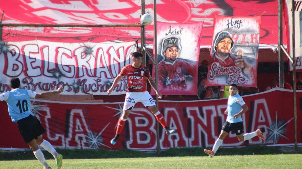 Huracán goleó a Ciudad de Bolívar y se acomodó en la tabla