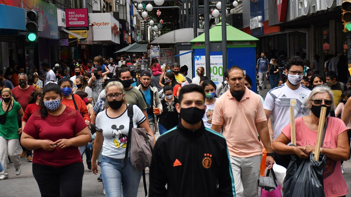 Los casos de coronavirus en Argentina ya alcanzan a casi 1.500.000 personas desde que arrancó la pandemia en marzo.