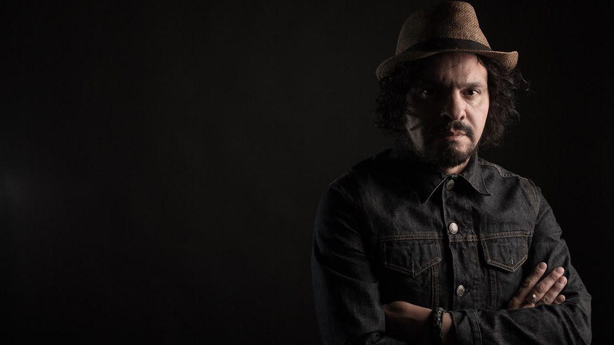Primer disco solista. Marcelo Zoloa