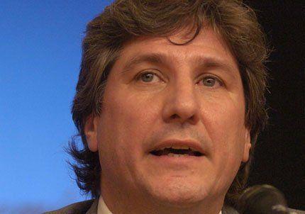 El ministro de Economía aseguró que en marzo bajará la carne