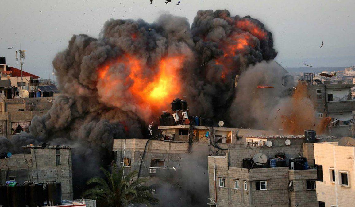 Los ataques del ejército israelí se han ido intensificando día a día con fuertes bombardeos en la Franja de Gaza