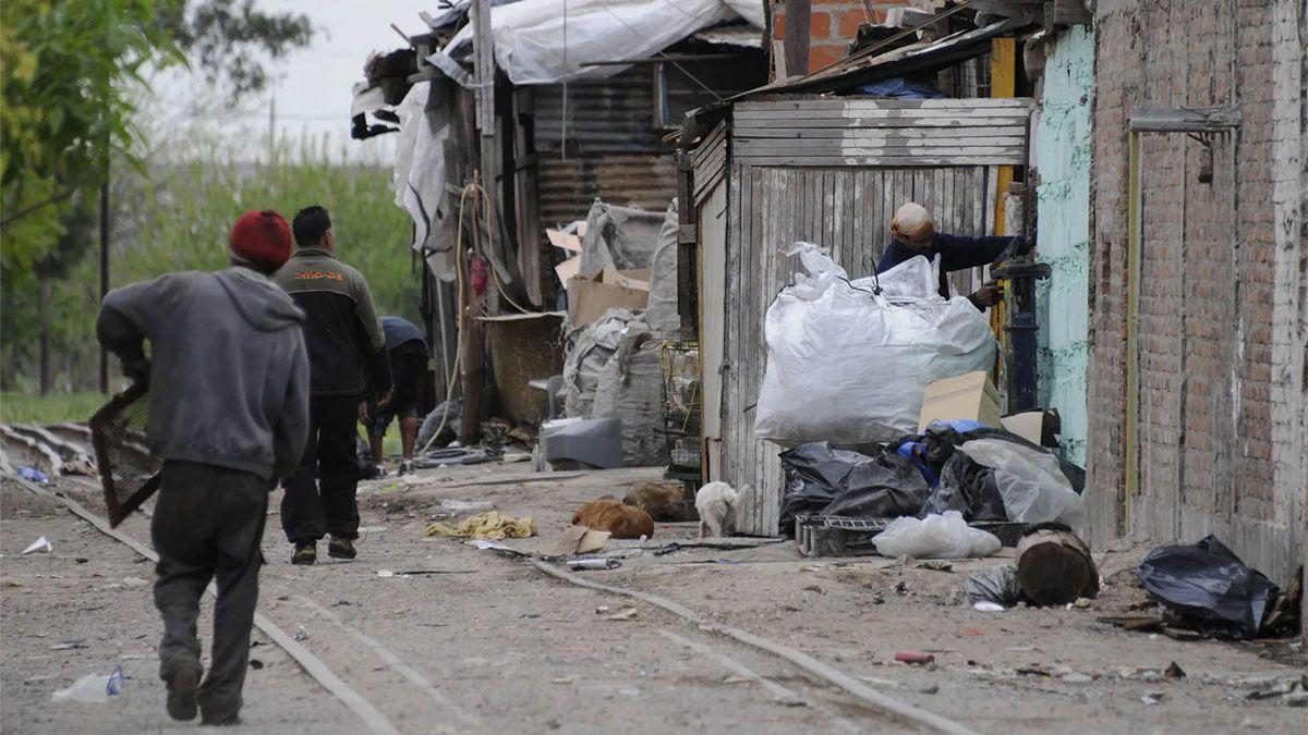 Cáritas convocó a una colecta de alimentos para los pobres de Mendoza