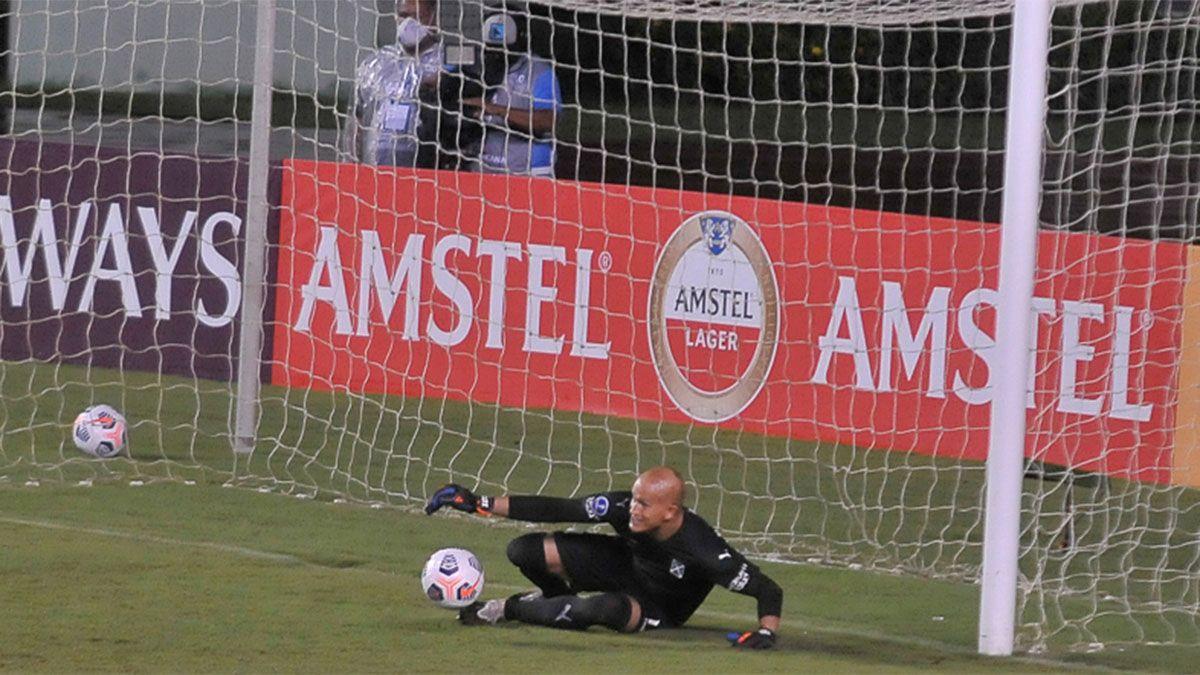 Después del escándalo, Independiente empató ante Bahía