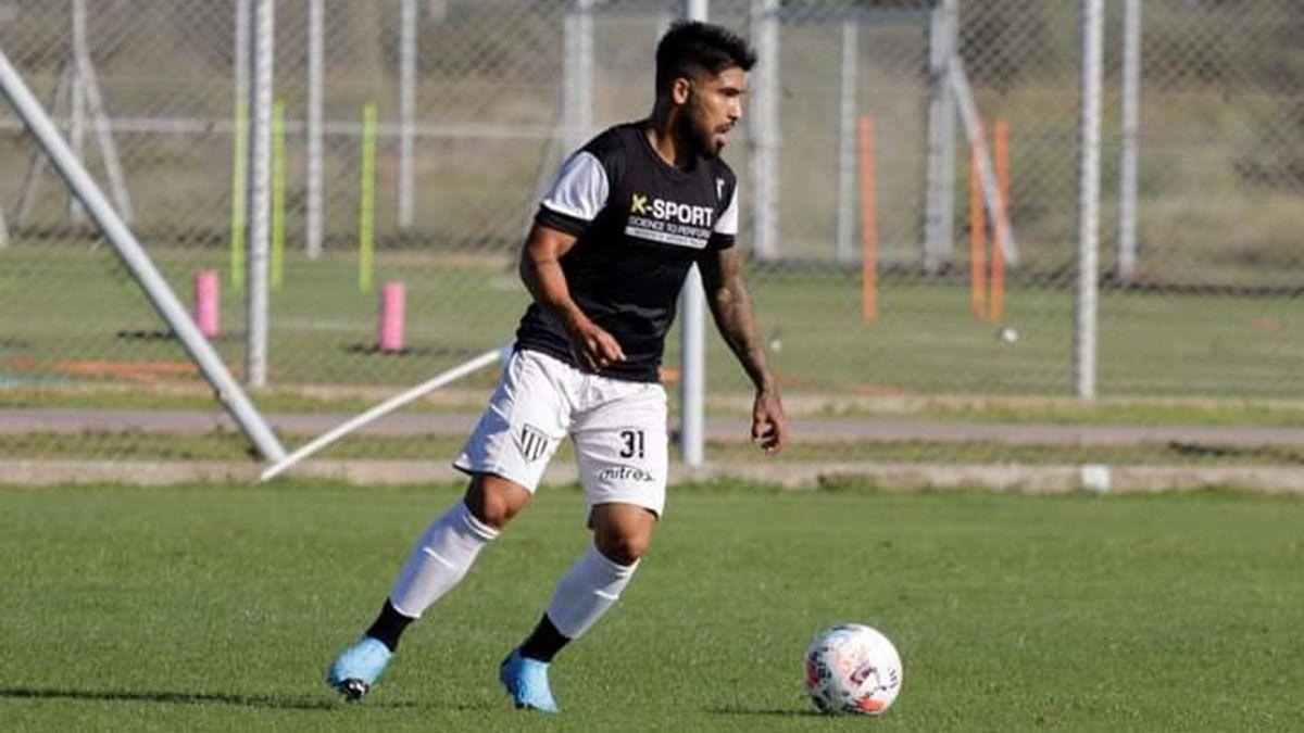 Mauro Visaguirre tuvo sus primeros minutos de fútbol en Gimnasia y Esgrima.