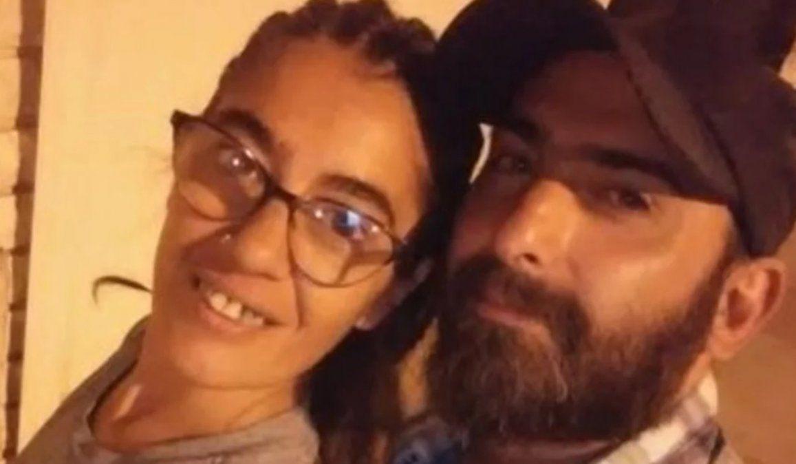 Carina Blangetti y Fernando Crocco. El hombre se encuentra prófugo después de apuñalar a su pareja