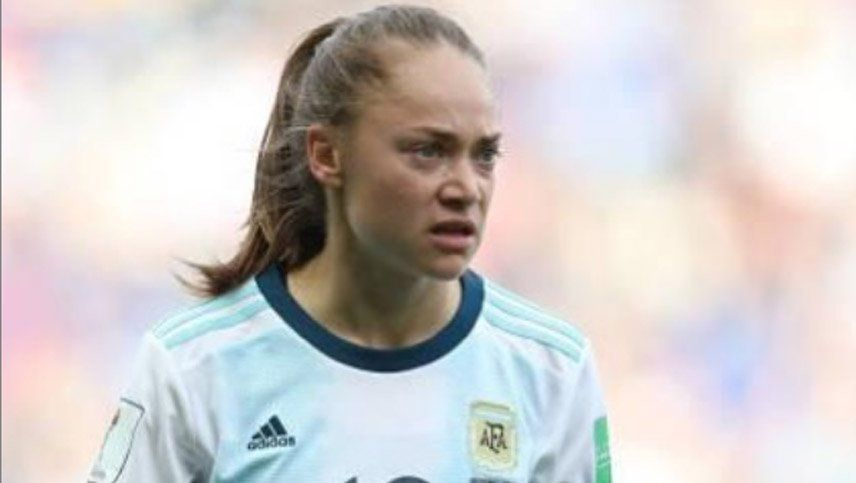 El DT de la Selección femenina explicó por qué dejó afuera a Banini