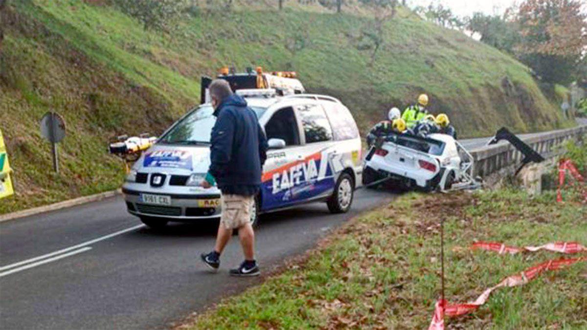 Murió un piloto de rally al colisionar contra un muro