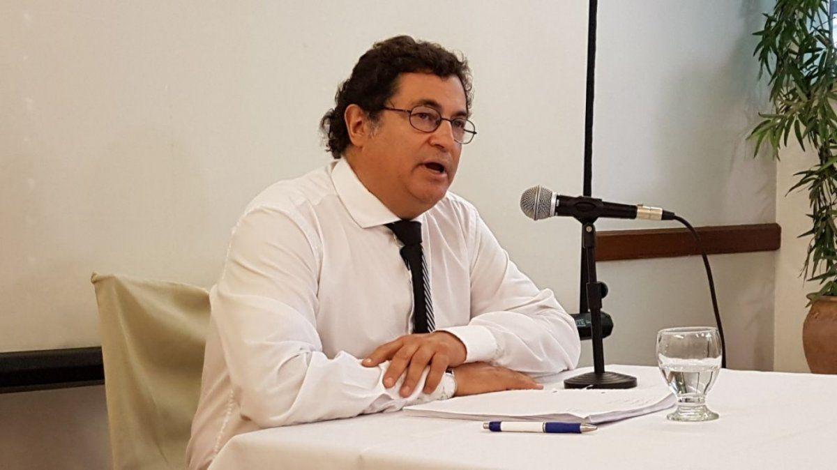 El abogado Carlos Varela Álvarez sigue en contacto con la madre de Guardati.