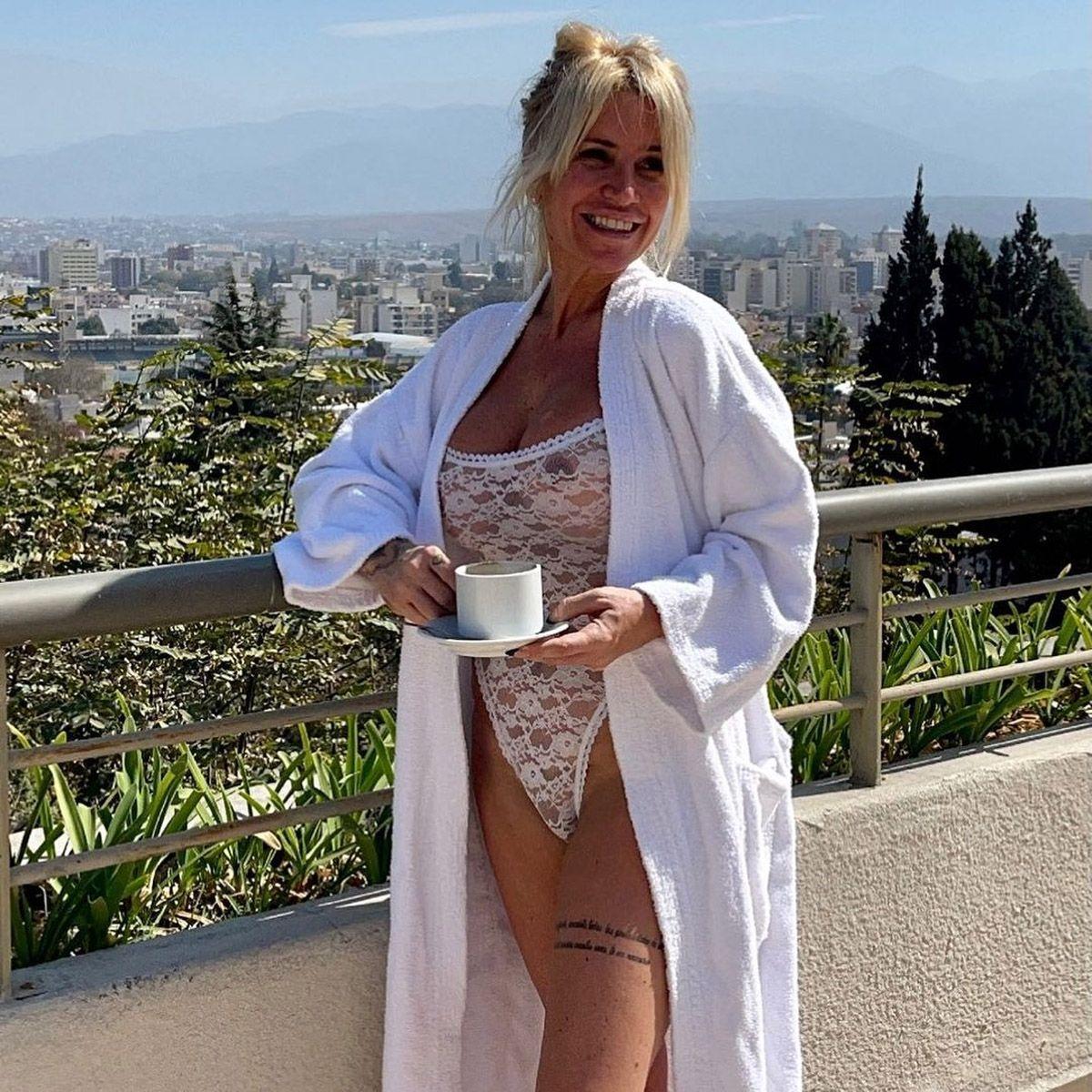 Del Olivos Gate a Salta: Florencia Peña, sin filtro y con transparencias en el balcón