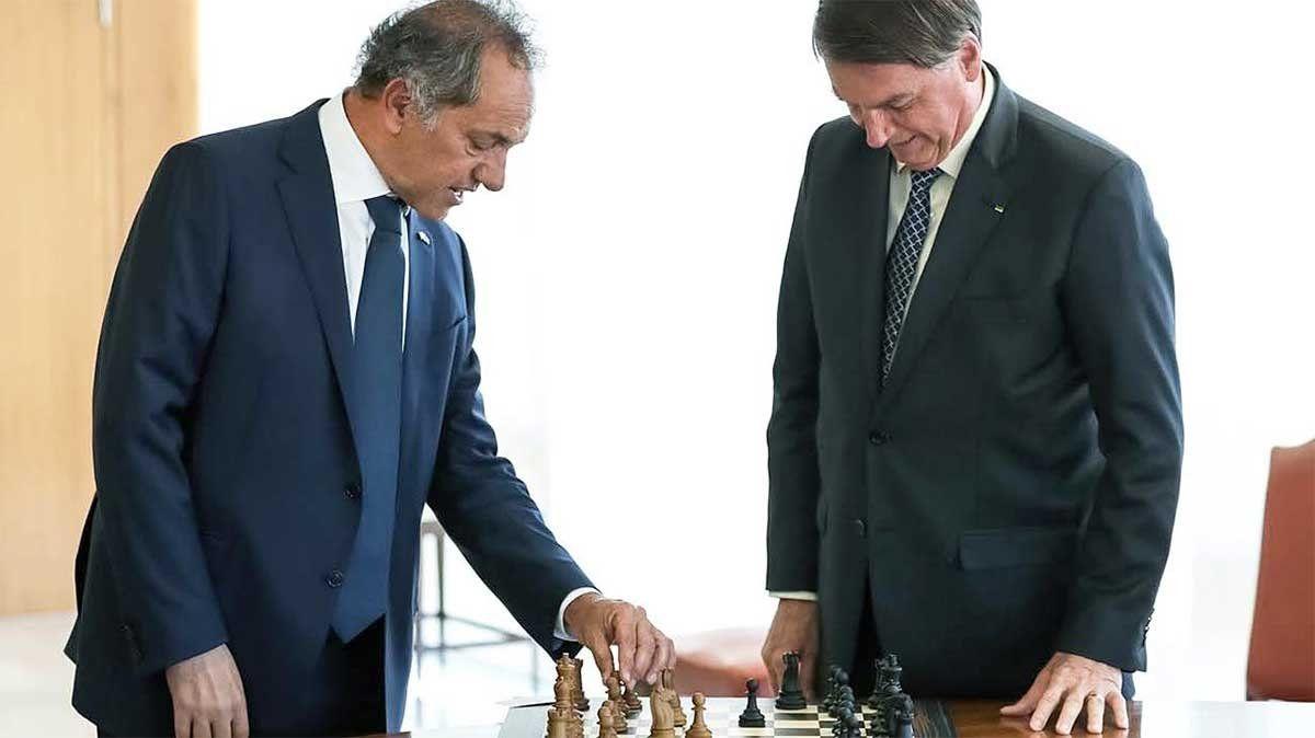 Jair Bolsonaro le aseguró este miércoles al embajador argentino en Brasil
