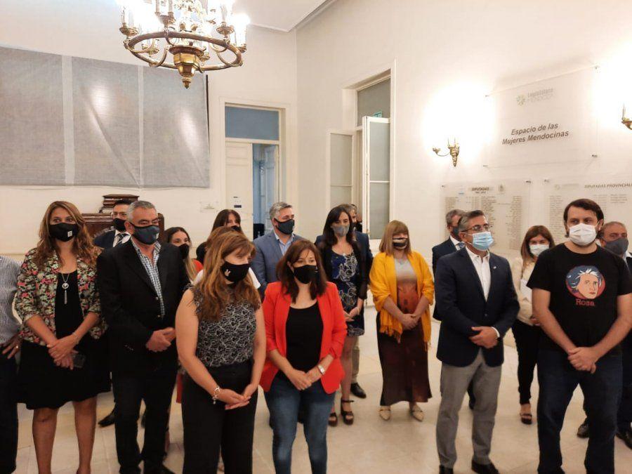 Caso Florencia Romano: legisladores de la oposición exigen explicaciones del Gobierno de Rodolfo Suarez.