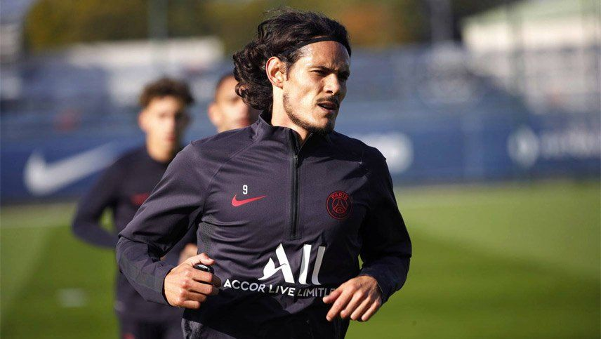 Cavani se desvinculó del PSG y analiza ofertas: ¿puede venir a Boca?