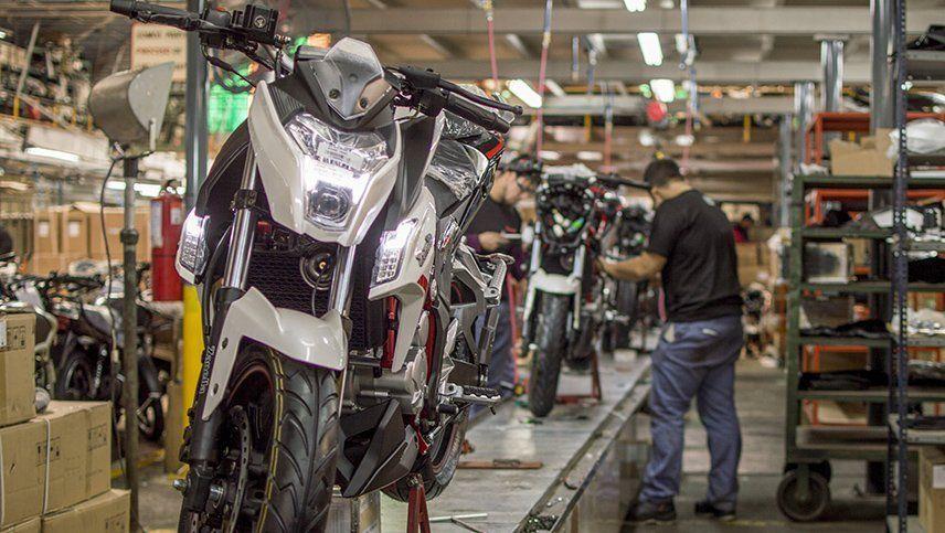 Cómo son y quiénes podrán acceder a los créditos blandos para comprar motos