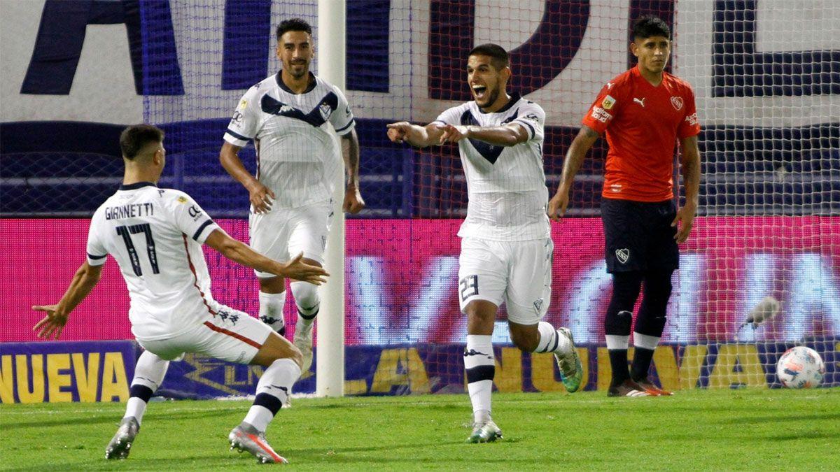 Vélez se quedó con el duelo de punteros ante Independiente