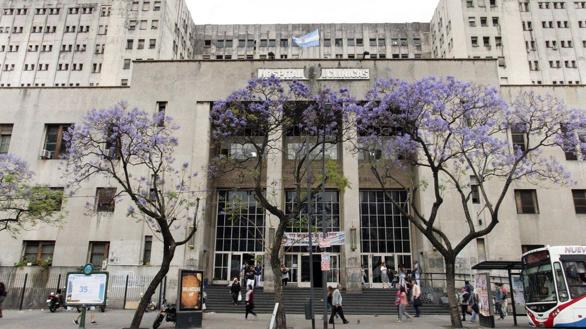 El Hospital de Clínicas de Buenos Aires es uno de los que tienen el sector de terapia intensiva a pleno.