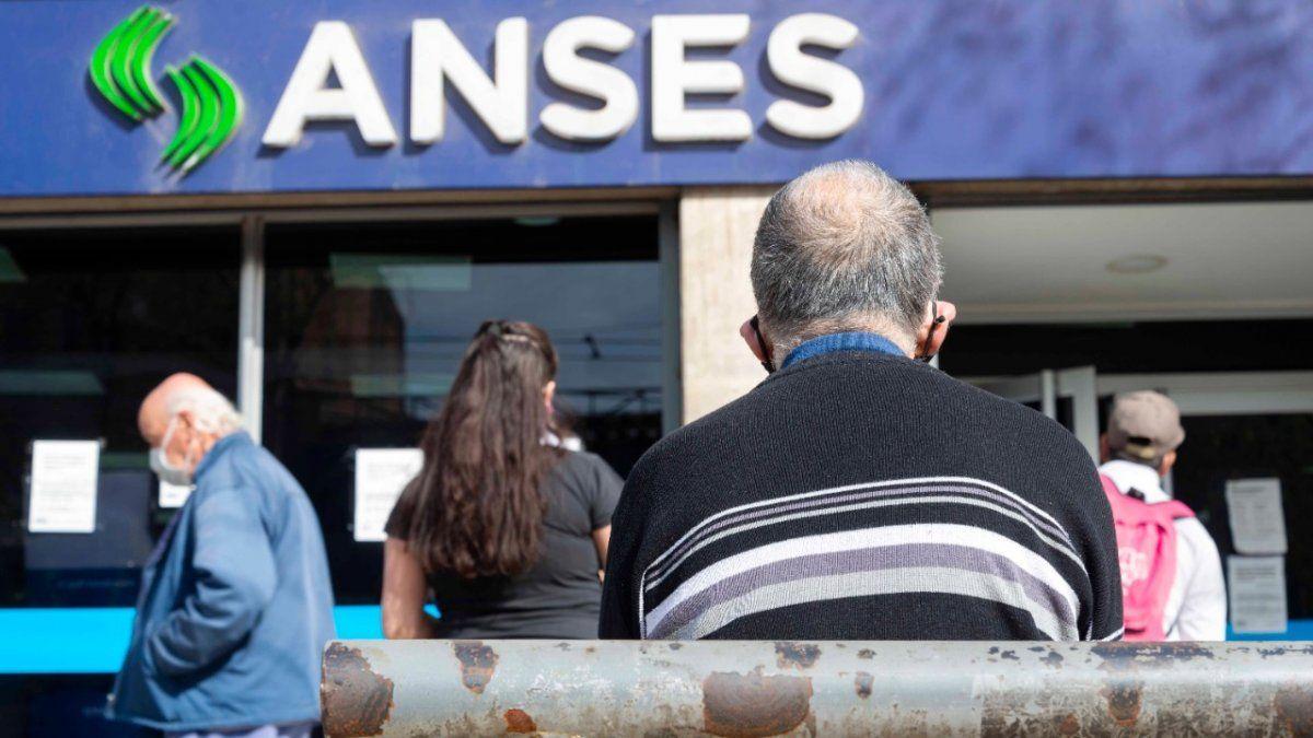 ANSES confirmó el calendario de pagos de junio.
