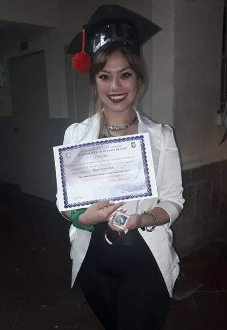 Celeste Burgos es la joven novia del diputado Juan Ameri.