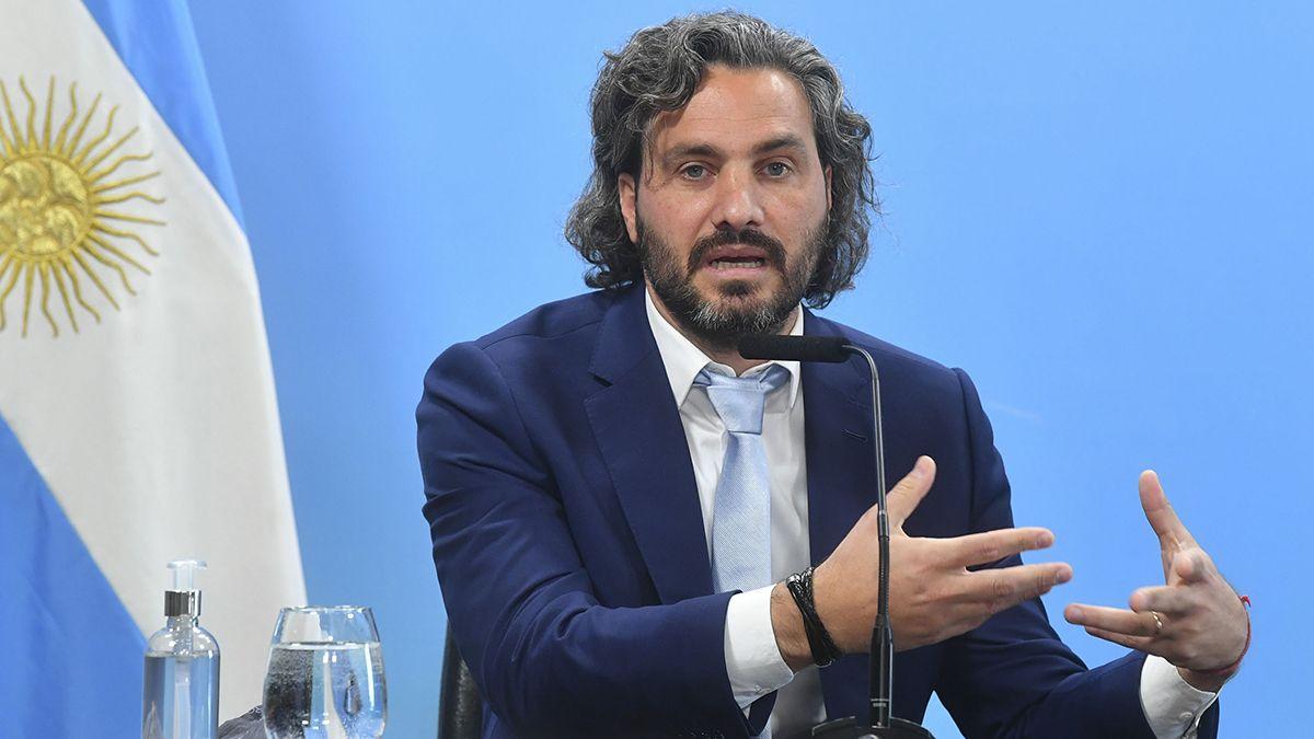 El jefe de Gabinete Santiago Cafiero, estaría dispuesto a dar un paso al costado para preservar la unidad dentro de la coalición gobernante.